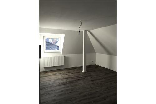 wohnung mieten 1 zimmer 51 m² saarbrücken foto 2