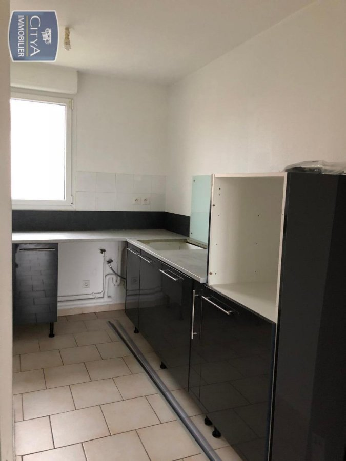 louer appartement 2 pièces 54 m² toul photo 2