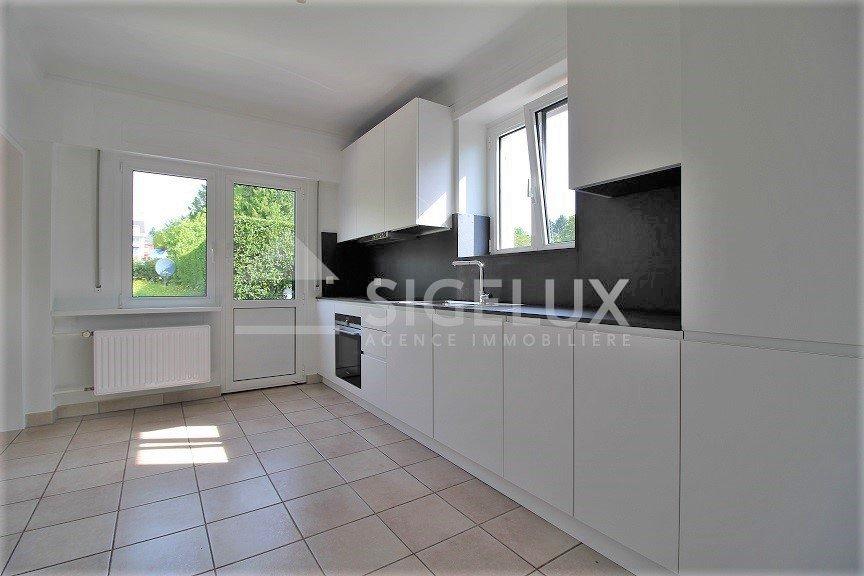 Maison jumelée à louer 3 chambres à Luxembourg-Cents