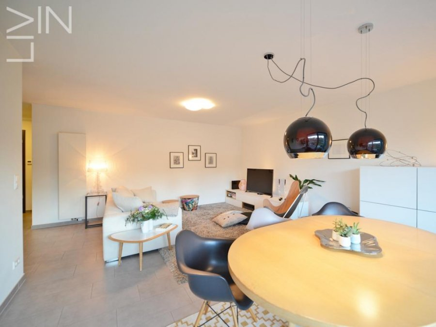 louer appartement 2 chambres 95 m² strassen photo 2