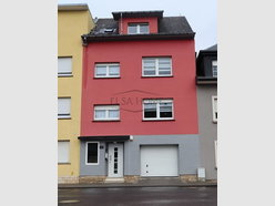 House for sale 4 bedrooms in Oberkorn - Ref. 7083638