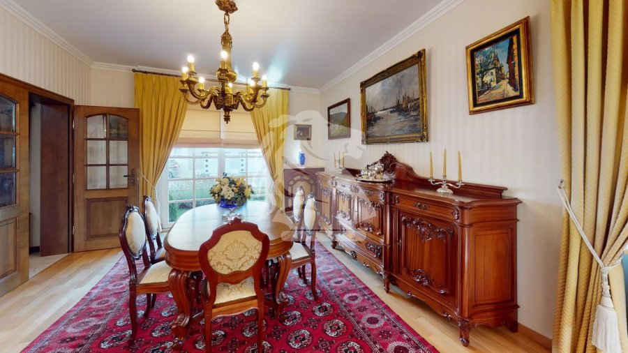 haus kaufen 5 schlafzimmer 360 m² beyren foto 4