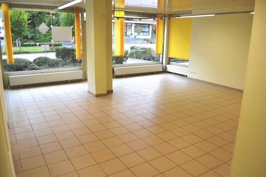 louer local commercial 0 chambre 85 m² bereldange photo 3