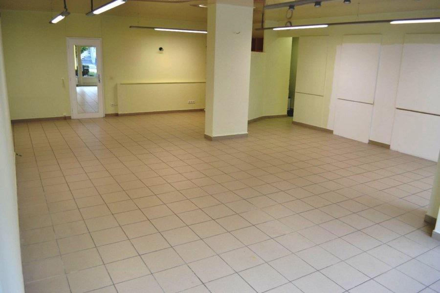 louer local commercial 0 chambre 85 m² bereldange photo 5