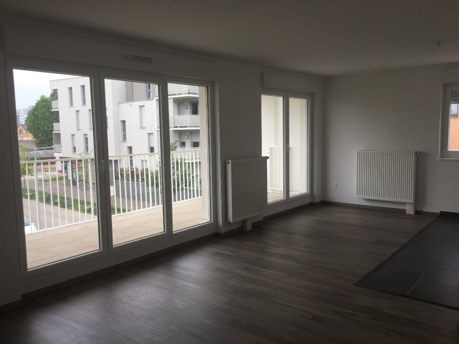 louer appartement 4 pièces 82.79 m² vandoeuvre-lès-nancy photo 3