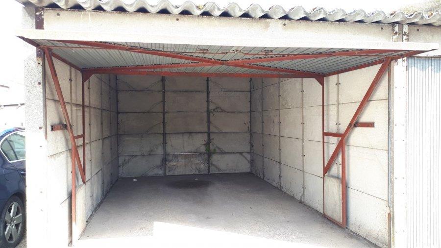 Garage fermé à louer à homécourt