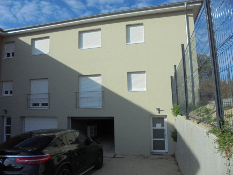 Maison jumelée à louer 3 chambres à Mondorff