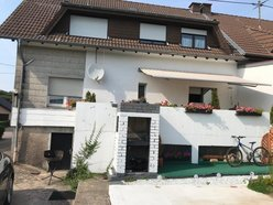 Semi-detached house for sale 8 rooms in Freudenburg - Ref. 7315862