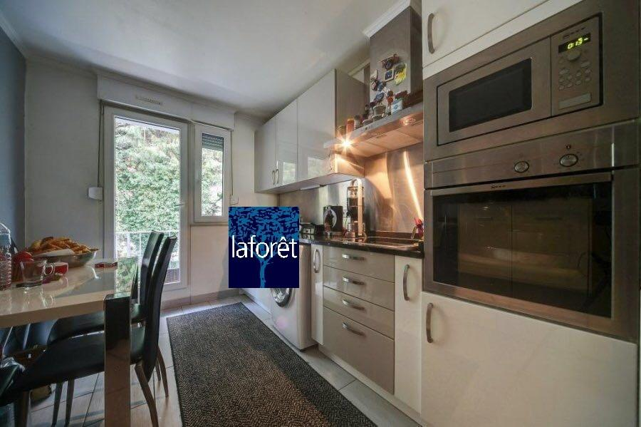 apartment for rent 2 bedrooms 85 m² strassen photo 2