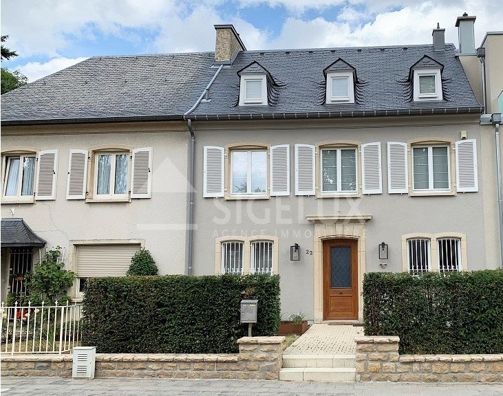 Maison mitoyenne à louer 3 chambres à Luxembourg-Limpertsberg