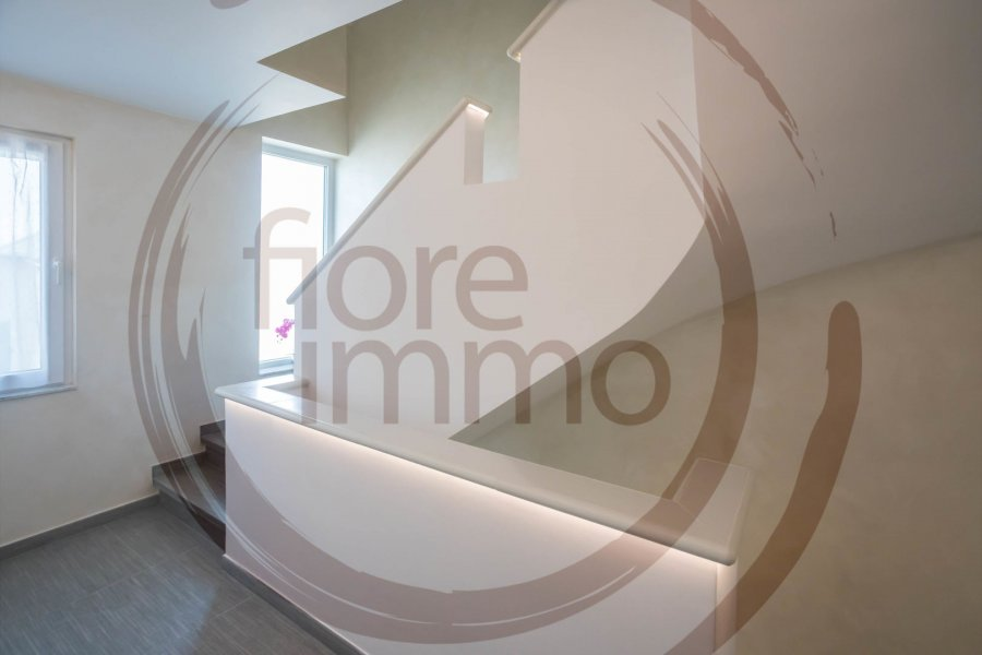 Immeuble de rapport à vendre 4 chambres à Munsbach