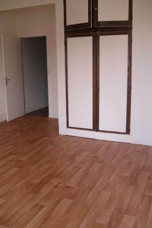 louer appartement 2 pièces 50 m² commercy photo 3