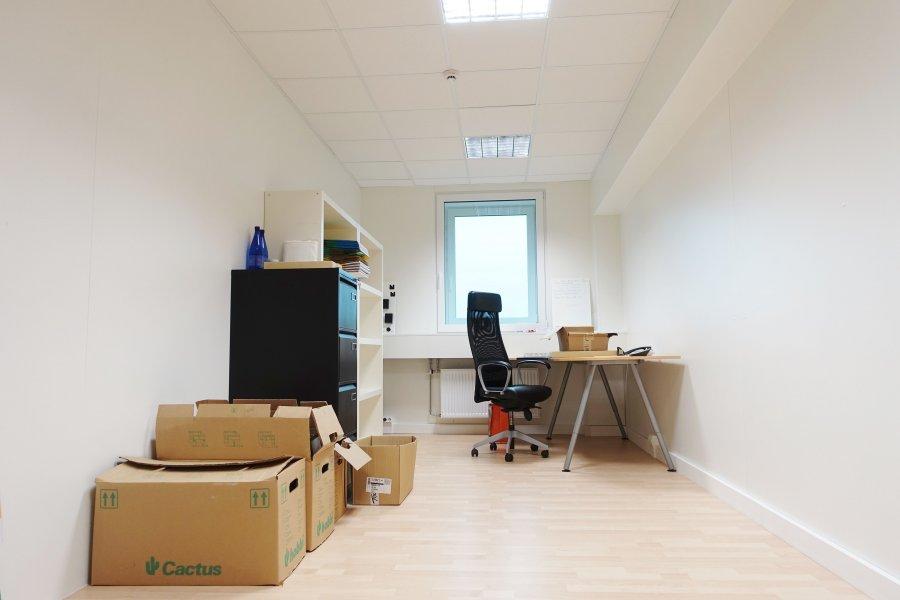 louer bureau 0 chambre 21 m² mamer photo 1