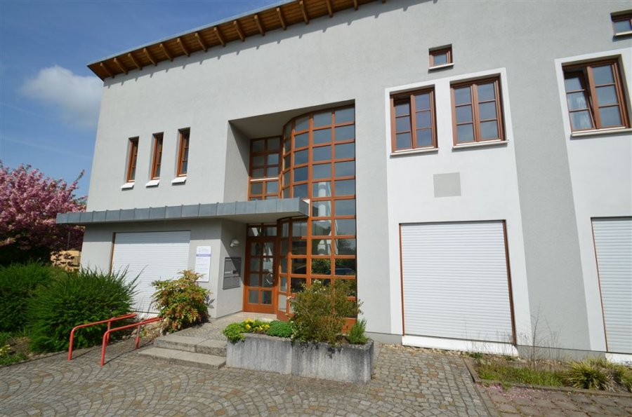 büro mieten 10 zimmer 220 m² merzig foto 2