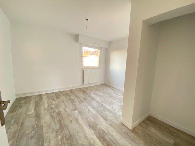 louer appartement 5 pièces 85 m² metz photo 2