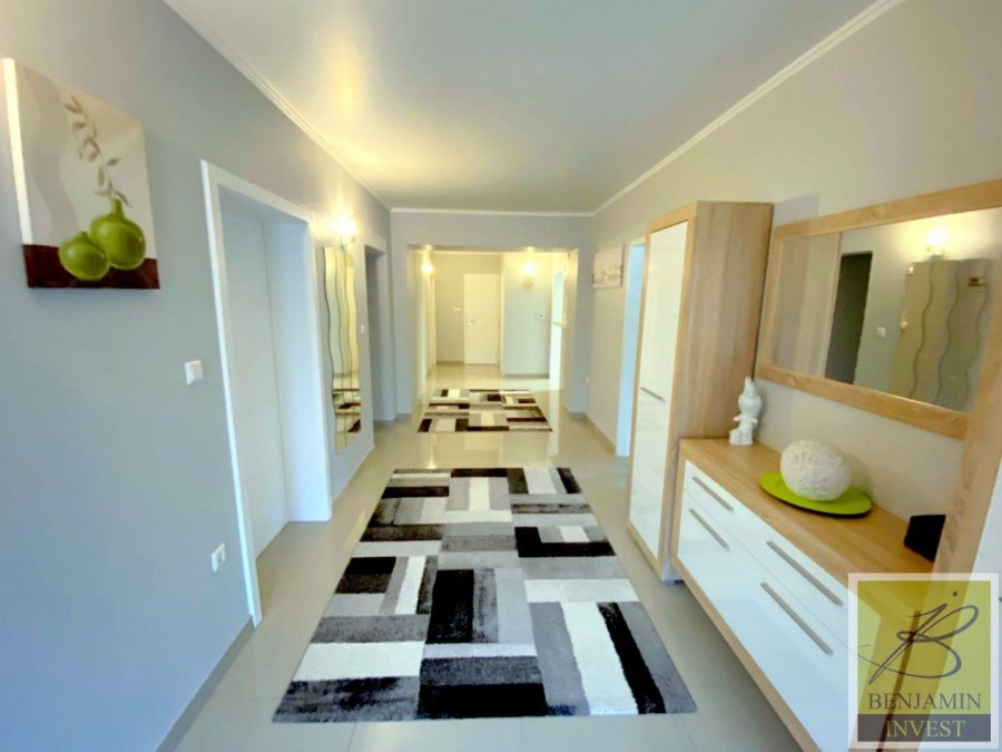 Maison à vendre 5 chambres à Sanem