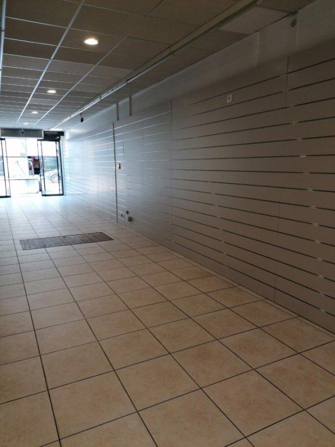 louer local commercial 0 pièce 50 m² bastogne photo 4