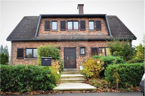 Villa à louer 3 chambres à Senningerberg