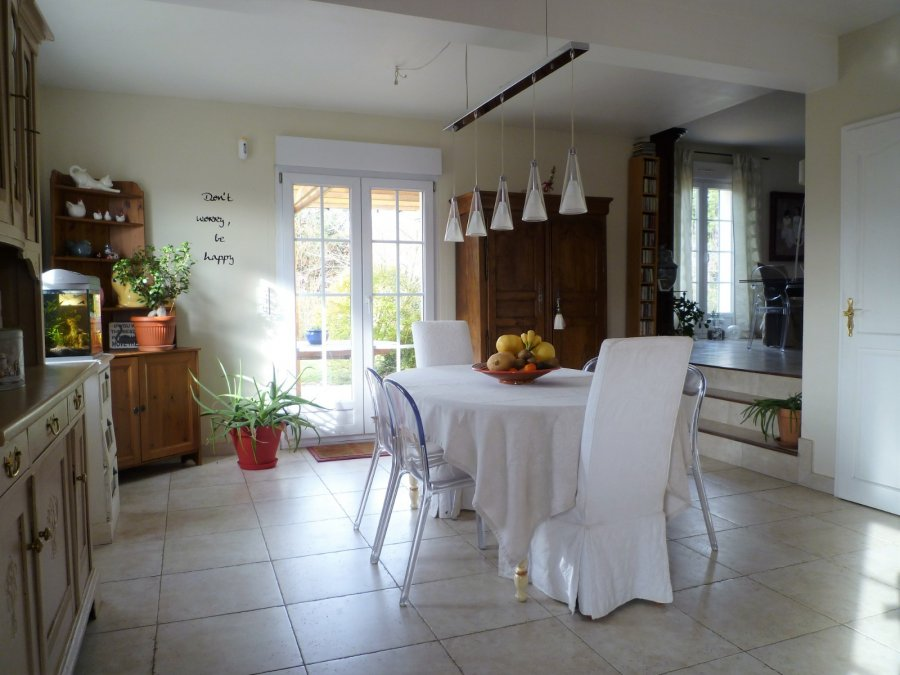 house for buy 8 rooms 210 m² saulny photo 3