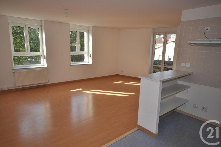 louer appartement 3 pièces 71 m² vittel photo 2