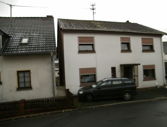 haus kaufen 7 zimmer 128 m² utscheid foto 2