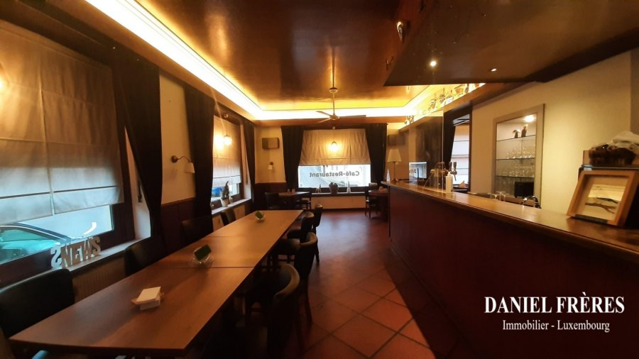 louer restaurant 0 chambre 90 m² wormeldange photo 1