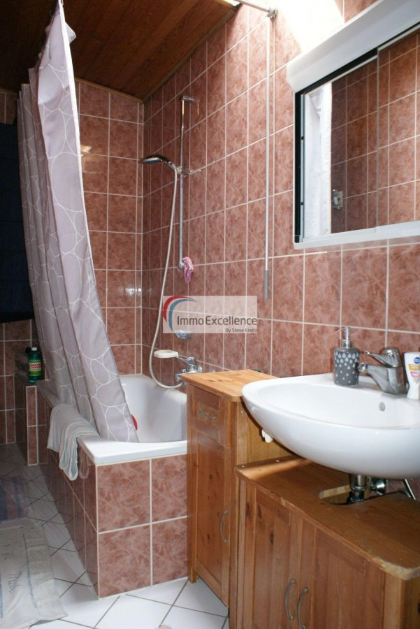 Immeuble de rapport à vendre 4 chambres à Echternach