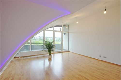 wohnung kaufen 4 zimmer 80 m² saarbrücken foto 1