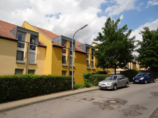 garage-parkplatz mieten 0 zimmer 0 m² saarbrücken foto 2