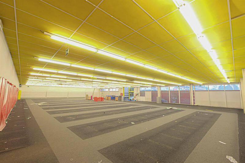 louer local commercial 0 pièce 790 m² mons photo 3