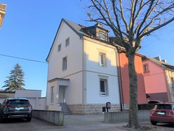 House for rent 3 bedrooms in Esch-sur-Alzette - Ref. 6676231