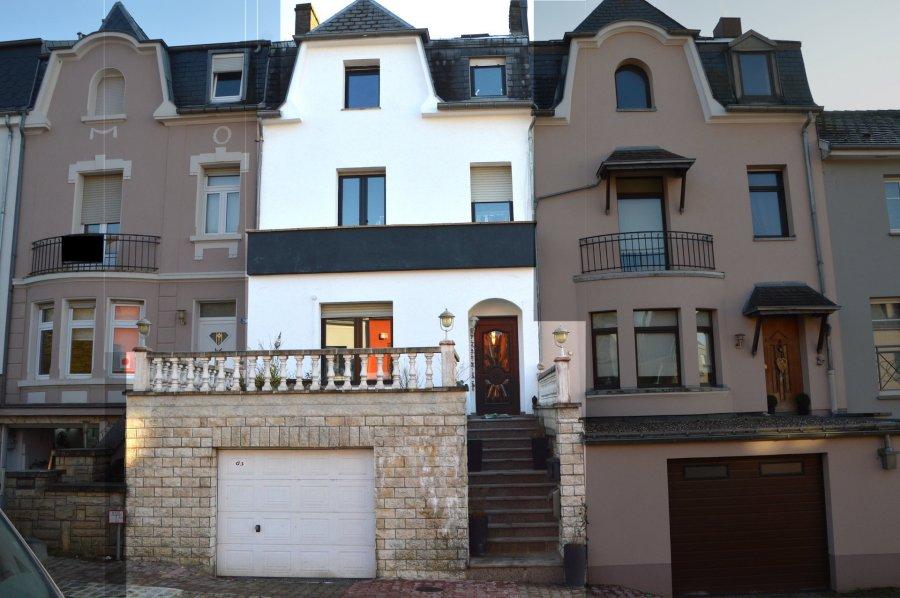L'agence IMMOLORENA de Pétange vous propose une jolie maison individuelle, idéalement pour une famille nombreuse, située à BELVAUX avec une superficie totale de 170 m2 habitables, dans un cadre idyllique à proximité de toutes les commodités, elle se compose comme suit:  Rez-de-chaussée:  Hall d'entrée de 15.16 m2 donnant accès à une pièce à vivre/salon de 29.76m2, cuisine ouverte de 20.87 m2, wc séparer 1.08 m2  Premier étage:  - Une chambre parentale avec salle de bain complète de 29.84 m2 - Une deuxième chambre 19.89m2, donnant accès à un Balcon - Une salle de douche 6.74  Deuxième étage  - Chambre de 19.72m2 - Chambre avec mezzanine 27.25 m2  A VOIR ABSOLUMENT.....  Pour tout contact: Joanna RICKAL: 621 36 56 40 (FR) Vitor Pires: 691 761 110 (PT, IT, UK, FR) Kevin Santos: 621 36 56 41 (LUX, DE, FR, PT, UK)  L'agence ImmoLorena est à votre disposition pour toutes vos recherches ainsi que pour vos transactions LOCATIONS ET VENTES au Luxembourg, en France et en Belgique. Nous sommes également ouverts les samedis de 10h à 19h sans interruption. Détails de la vente