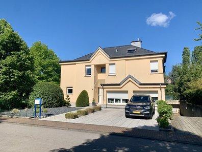 Villa for sale 6 bedrooms in Bertrange - Ref. 6697495