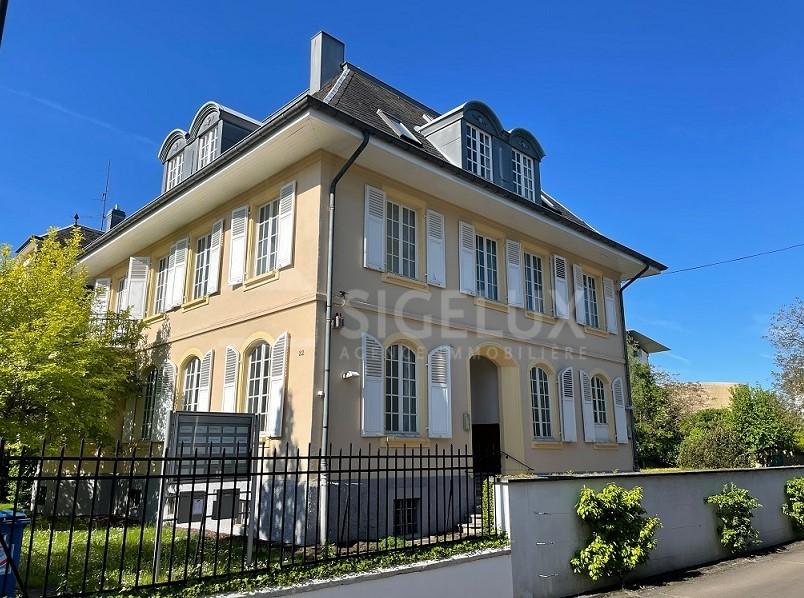 Maison de maître à louer 6 chambres à Luxembourg-Belair