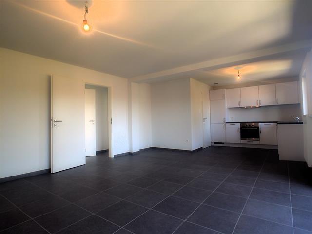 louer appartement 3 pièces 92 m² marche-en-famenne photo 2