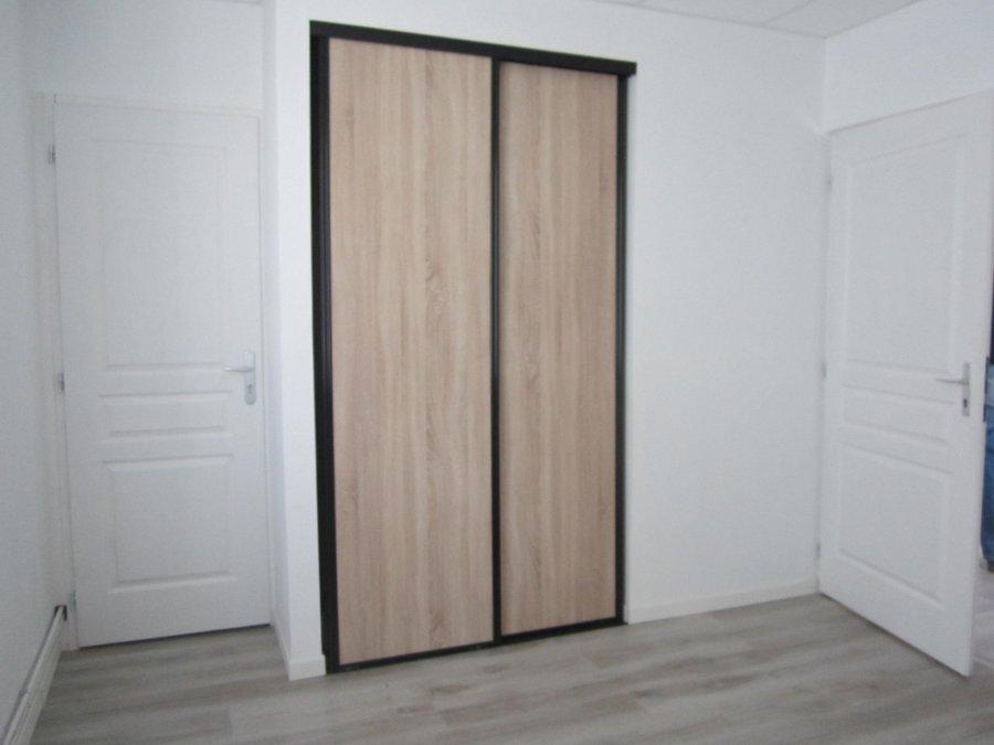 louer immeuble de rapport 1 pièce 18 m² raillencourt-sainte-olle photo 1