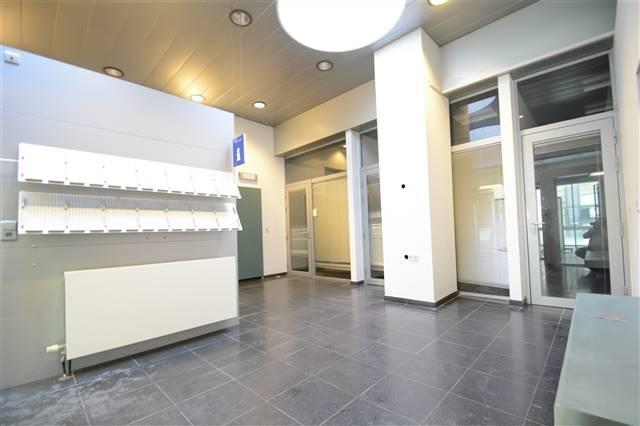 louer bureau 0 pièce 215 m² arlon photo 2