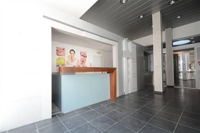 louer bureau 0 pièce 215 m² arlon photo 6