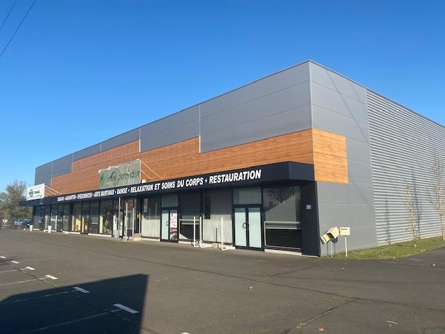 louer local commercial 0 pièce 800 m² metz photo 3