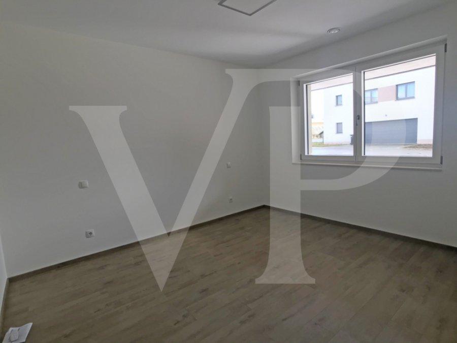 louer appartement 3 chambres 101 m² capellen photo 3