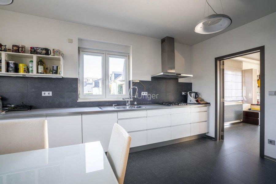 louer maison 4 chambres 185 m² leudelange photo 4