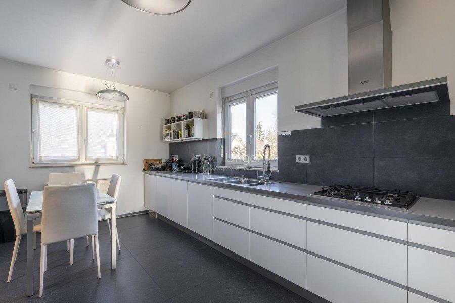 louer maison 4 chambres 185 m² leudelange photo 3