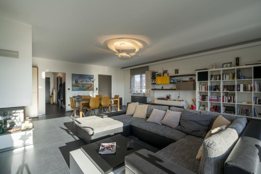 louer maison 4 chambres 185 m² leudelange photo 1