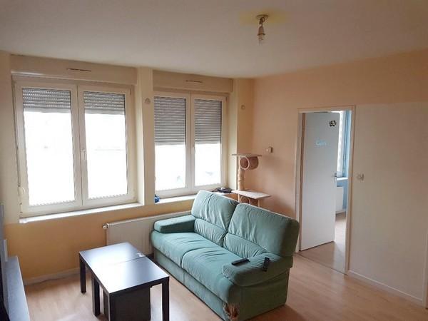 Appartement à louer F2 à Trieux