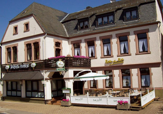 restaurant kaufen 3 zimmer 516 m² weiskirchen foto 1