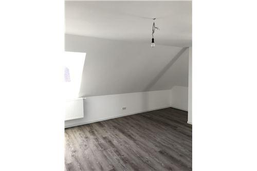 wohnung mieten 1 zimmer 48 m² saarbrücken foto 1
