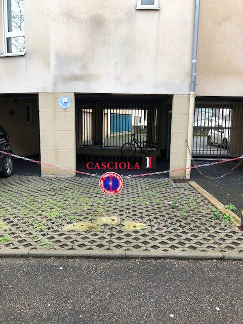 louer garage-parking 0 pièce 12 m² metz photo 1