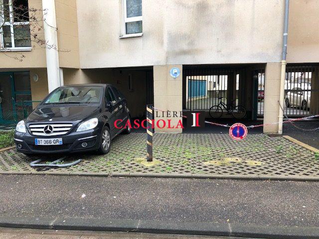 louer garage-parking 0 pièce 12 m² metz photo 3