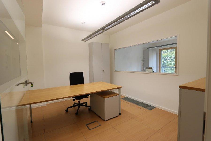 louer bureau 0 chambre 14 m² eselborn photo 2