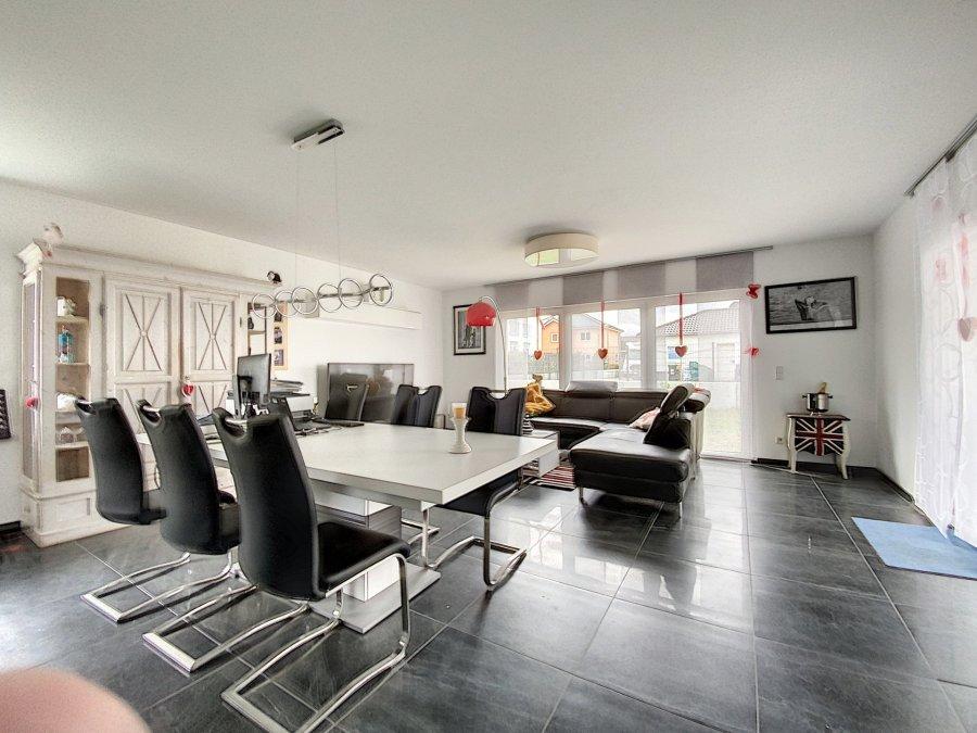 acheter maison 7 pièces 146 m² perl photo 2